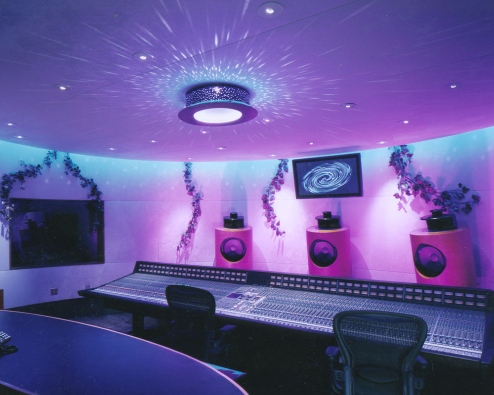 The-Garden---setting-up-great-mixing-room-pic-only